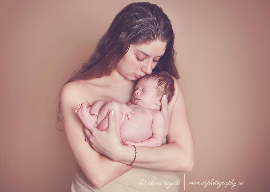 Brooklyn Newborn Photographer
