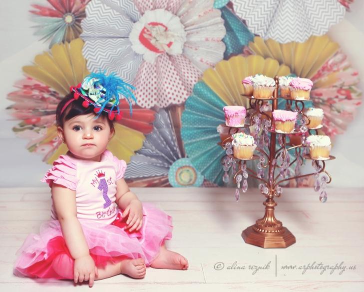 Baby Cup cake smash photoshoot